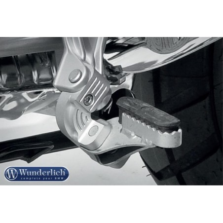 Wunderlich driver footrest lowering kit BMW R1200RT LC